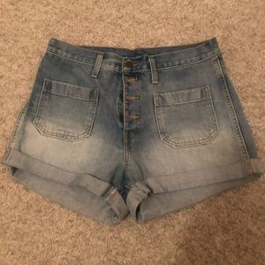 70s style high-rise button fly Levis denim shorts